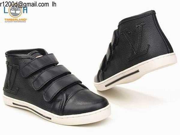 l 39 effet des v tements chaussures homme pas cher de marque. Black Bedroom Furniture Sets. Home Design Ideas