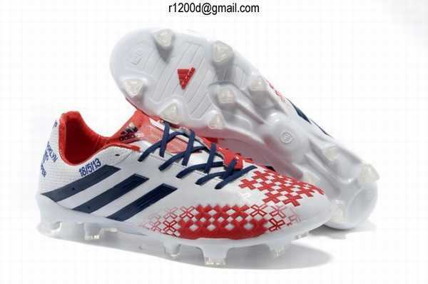 chaussure de football adidas pas cher