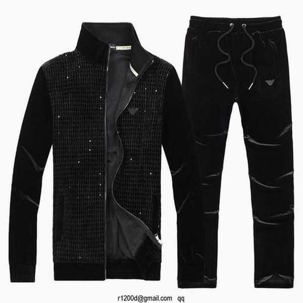 ensemble jogging armani homme ensemble survetement marque pas cher pantalon survetement armani. Black Bedroom Furniture Sets. Home Design Ideas