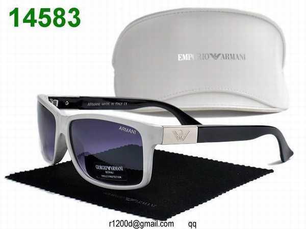 les lunettes de soleil giorgio armani site de lunette de soleil de marque pas cher lunettes de. Black Bedroom Furniture Sets. Home Design Ideas