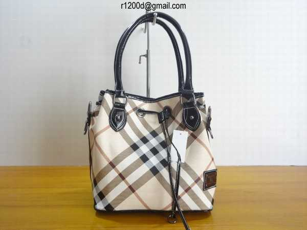 d7de51da90e sac burberry fragrance