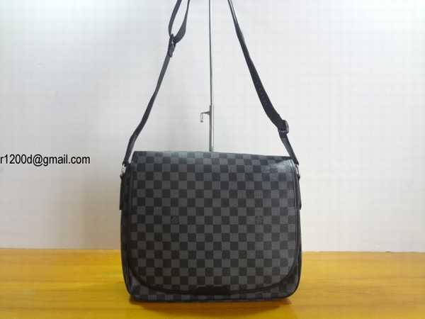 4f7d9d22b88 Imitation Sac Louis Vuitton Homme